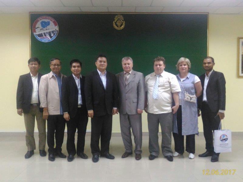 Встреча в министерстве торговли Пномпень (Камбоджа)