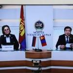 С. Одонтуяа и Б. Энх-Амгалан Члены ВГХ Монголии